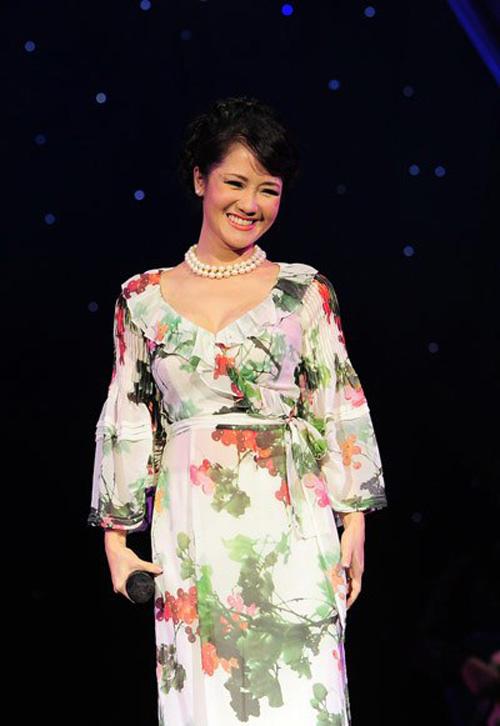 Sao Việt cách tân trang phục truyền thống đẹp và khéo-15