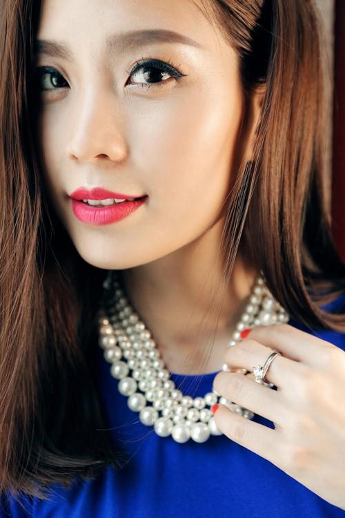 Diễm Trang đẹp rạng ngời sau khi công khai chồng sắp cưới-5