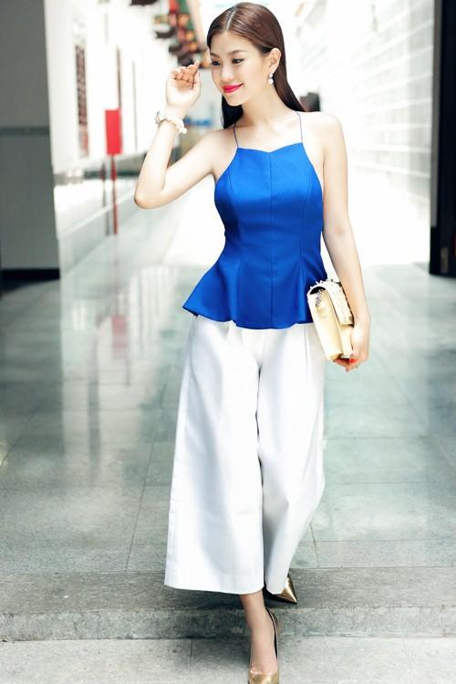 Diễm Trang đẹp rạng ngời sau khi công khai chồng sắp cưới-6