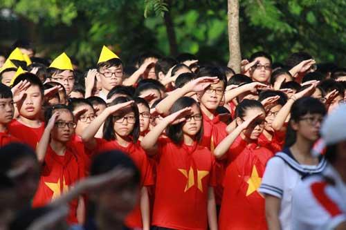 Học sinh cả nước nô nức khai giảng năm học mới-3