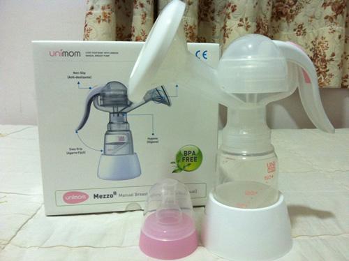 Đánh giá máy hút sữa bằng tay Unimom Mezzo UM880052-3