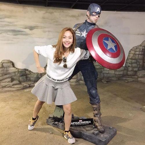 Chồng Đoan Trang chăm sóc con gái chu đáo-11