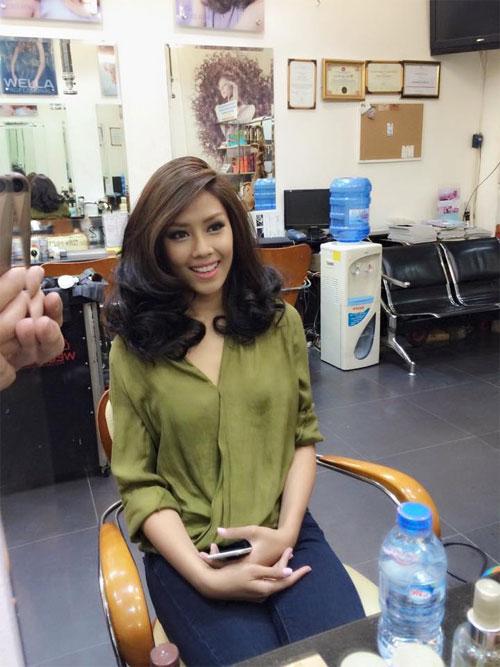 U50 Việt Trinh, Hoa hậu Giáng My trẻ trung bất ngờ-9