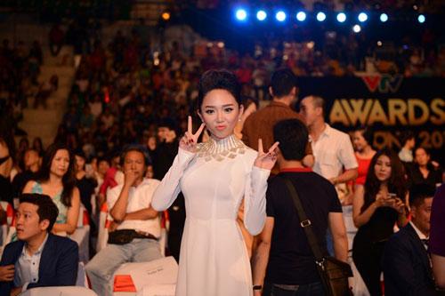 U50 Việt Trinh, Hoa hậu Giáng My trẻ trung bất ngờ-13