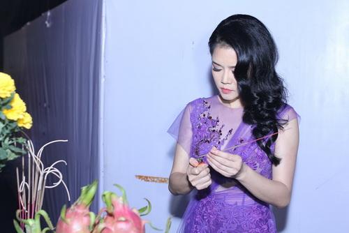 """my tam, son tung vat va vuot hang rao """"fan cuong"""" - 11"""