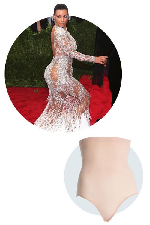 Kim siêu vòng ba diện váy nude nóng bỏng trên thảm đỏ