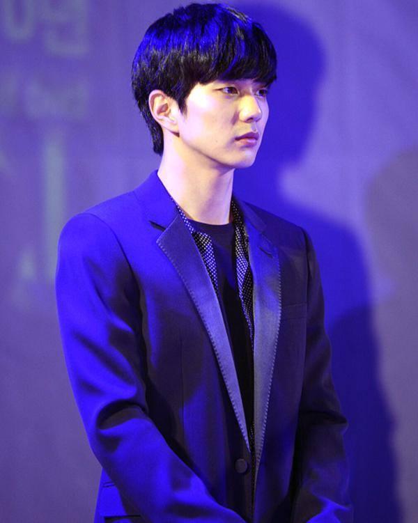 kim tae hee: tu cong chua ngu say thanh quy co lanh lung - 12