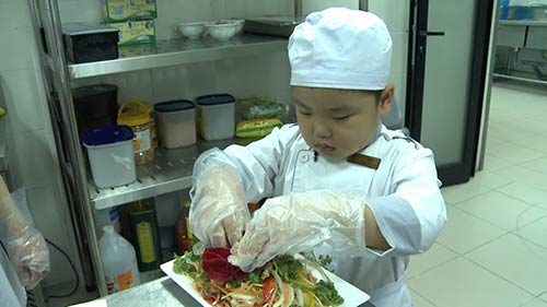 "tap 15 'bo oi'2: minh khang duoc phong ""nguoi hung"" vi dam mang vo - 2"