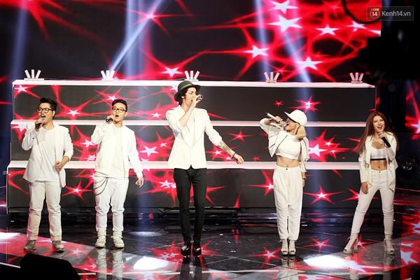 duc phuc dang quang giong hat viet 2015 - 6