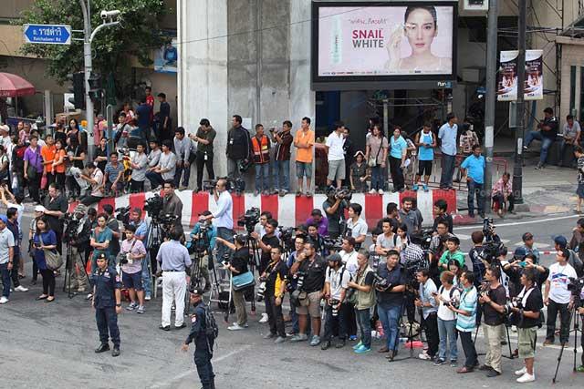 toan canh tai hien vu danh bom tham khoc o bangkok - 13