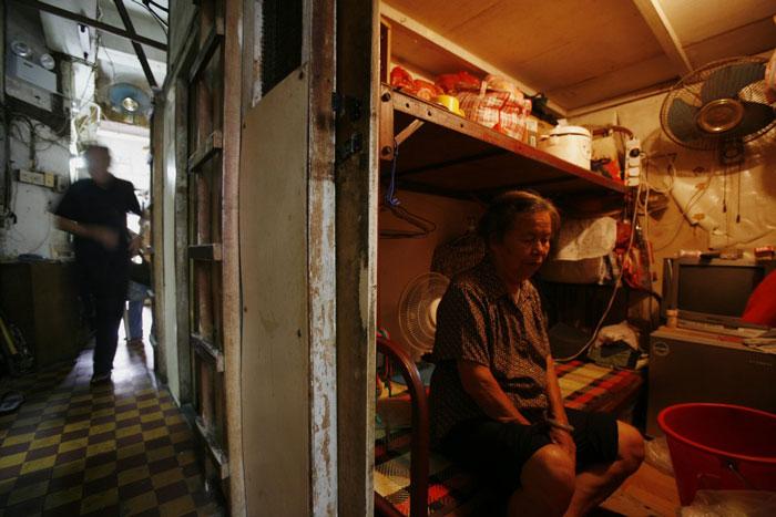 Ngỡ ngàng với cuộc sống trong nhà siêu nhỏ trên khắp thế giới-14