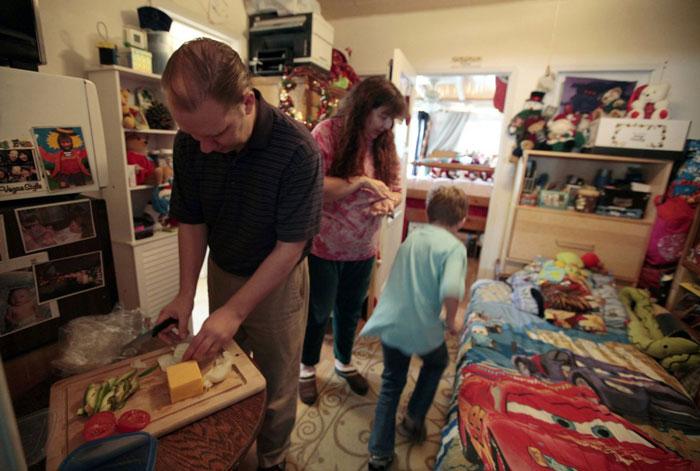 Ngỡ ngàng với cuộc sống trong nhà siêu nhỏ trên khắp thế giới-3