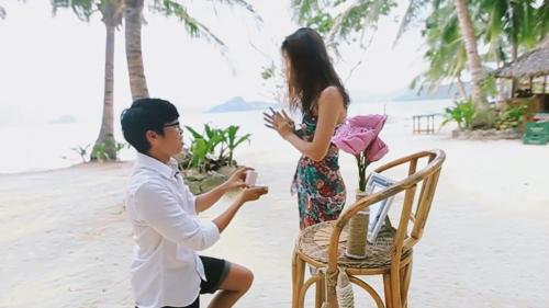 """Tròn 1111 ngày yêu, 9x đưa bạn gái đến nơi """"thiên đường"""" để cầu hôn siêu lãng mạn-1"""