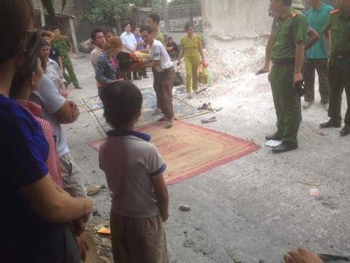 Vụ sập lò vôi, 5 người chết: Đau thương tang chồng tang-9