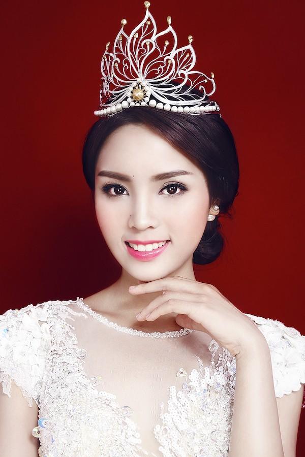 Phát hoảng khi bóc giá loạt vương miện của Hoa hậu Việt-2