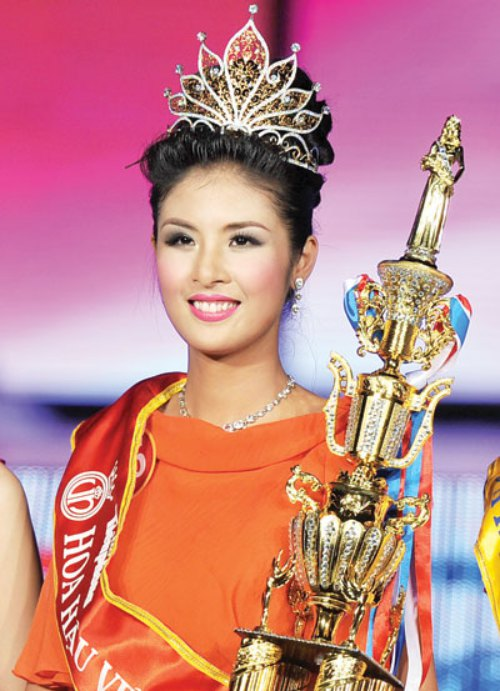 Phát hoảng khi bóc giá loạt vương miện của Hoa hậu Việt-4