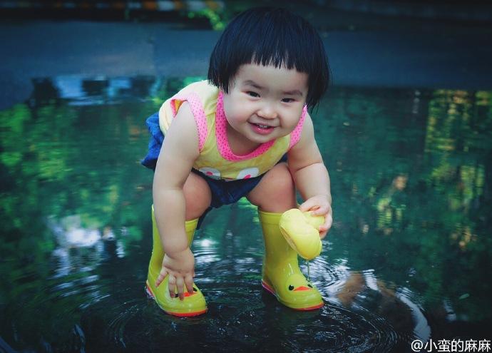 Những hình ảnh cực đáng yêu của bé gái 'thánh ăn'-17