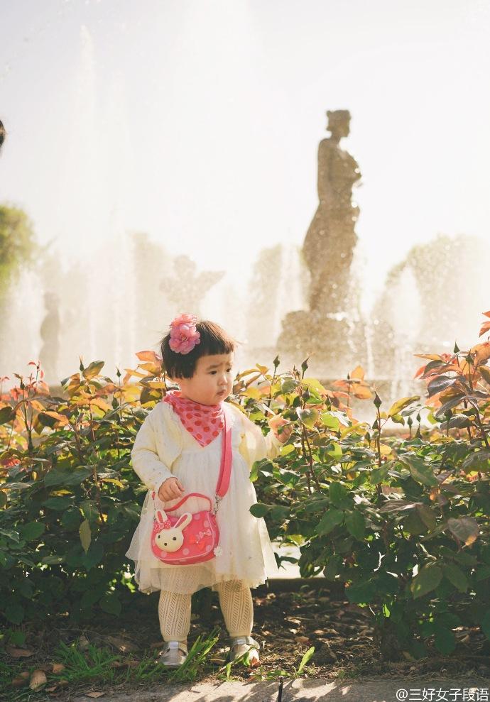 Những hình ảnh cực đáng yêu của bé gái 'thánh ăn'-5