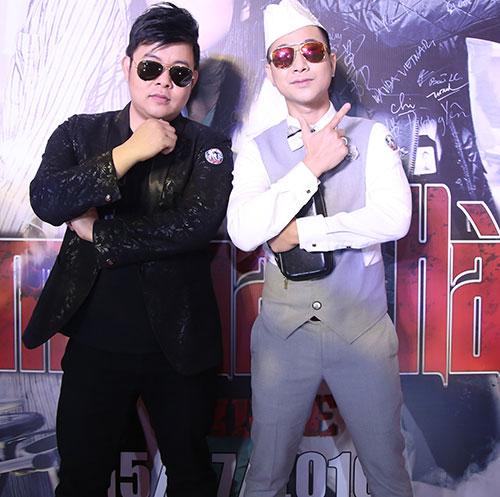 """quang le, quach tuan du di xem phim cung nu dj """"nong bong"""" - 8"""