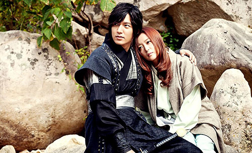 "loat phim danh dau su tro lai cua ""bieu tuong nhan sac"" kim hee sun - 2"