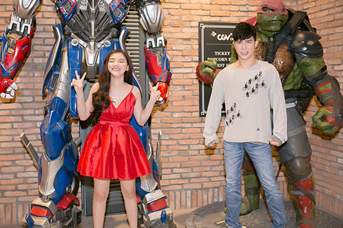 nathan lee tre trung di xem phim cung hoc tro ho quynh huong - 5