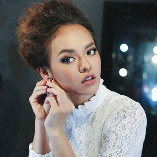 nhan sac that thuong cua co gai nhieu scandal nhat the face viet nam - 1