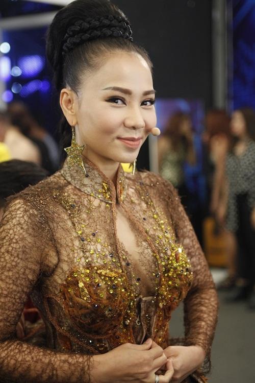vietnam idol: thu minh dep quyen luc trong dem gala truc tiep - 1