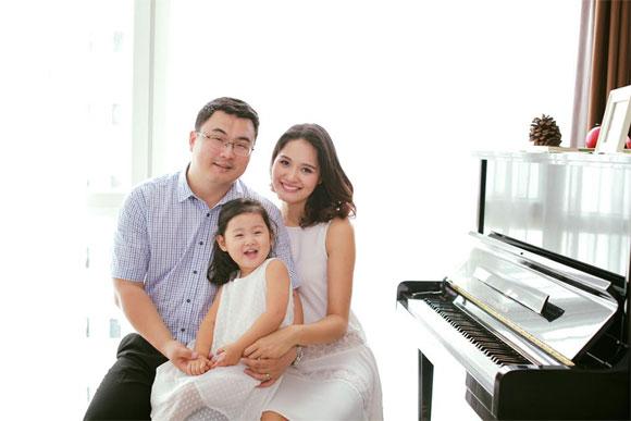 hoa hau huong giang vua sinh con gai thu 2 vao chieu nay - 3