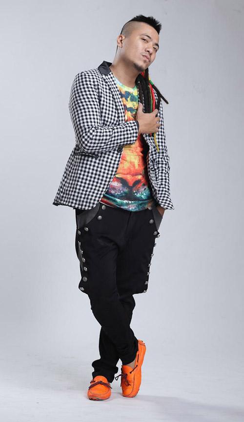 dj wang tran ra mat nonstop rock ung ho phim fan cuong - 3