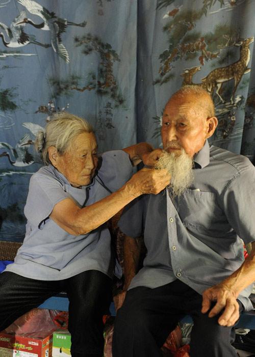 103 tuoi, cu ong cu ba da lam duoc dieu ma tat ca chung ta phai nguong mo - 3