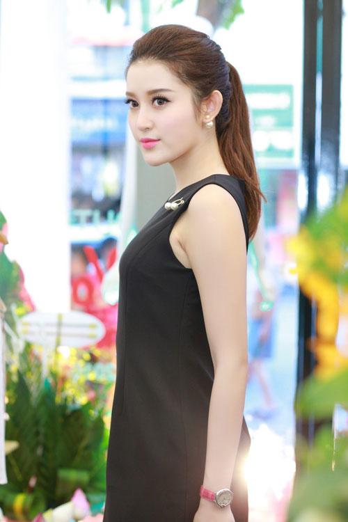 """khong phai ky duyen, huyen my moi la guong mat """"dat show"""" nhat hien nay - 5"""