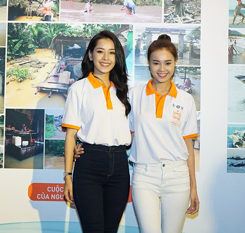 """pham huong lan dau xuat hien cung hoc tro sau """"bao"""" the face - 6"""