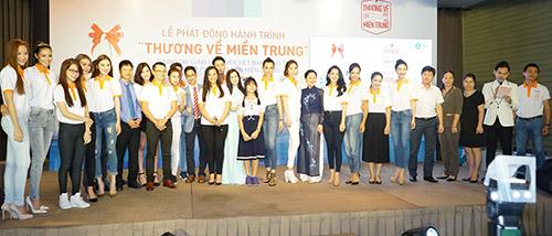 """pham huong lan dau xuat hien cung hoc tro sau """"bao"""" the face - 12"""