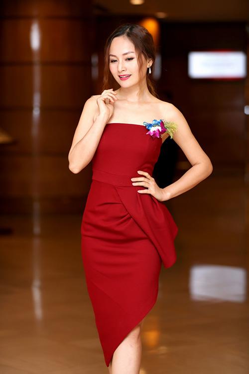 lan phuong xinh dep, buong loi vai tran trong su kien - 2