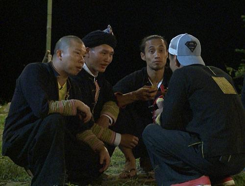 """tap 13 bo oi mua 3: tuong vo den tham, hai anh """"chung hung"""" khi thay vi khach dac biet - 4"""