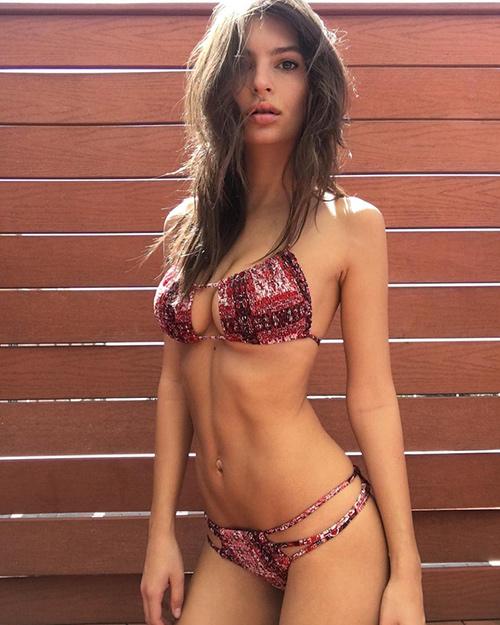 than hinh van nguoi me cua nu hoang bikini nam 2016 - 3