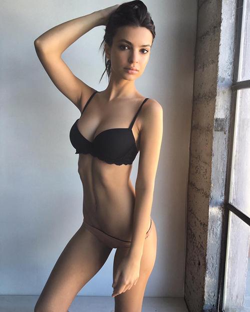 than hinh van nguoi me cua nu hoang bikini nam 2016 - 10
