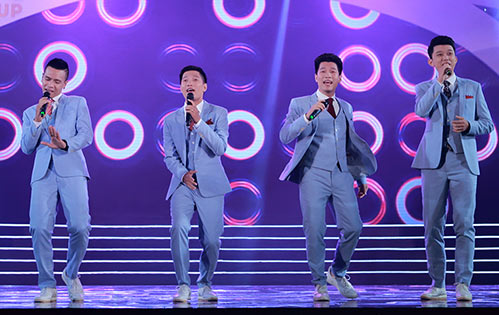 "ngo phuong lan ""vac"" bung bau di cham thi nhan sac - 12"