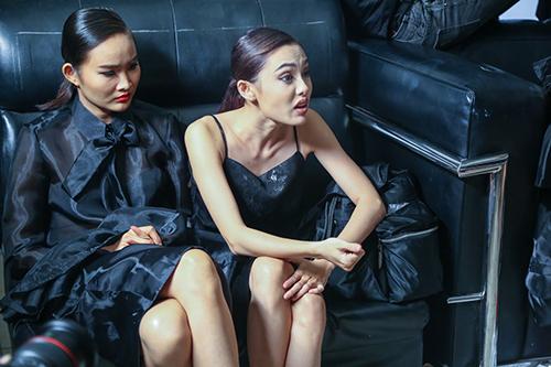 vietnam's next top model chim trong nhung nu hon va cai va - 8
