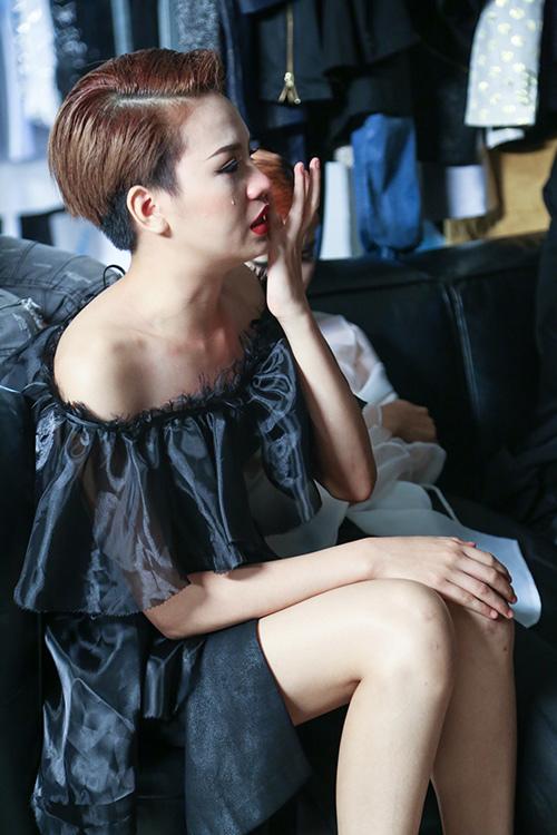 vietnam's next top model chim trong nhung nu hon va cai va - 9