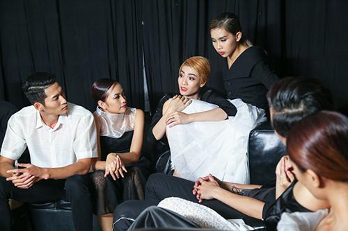 vietnam's next top model chim trong nhung nu hon va cai va - 6