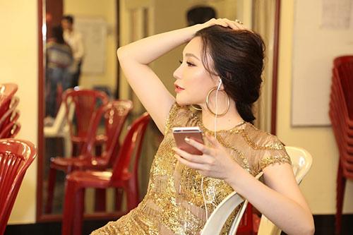"""ho quynh huong """"tai xuat"""" cung chi gai sau on ao voi my tam - 5"""