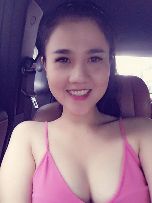 "3 chi gai cua my nhan viet  la ""ba me bim sua"" van xinh dep khong kem em - 2"