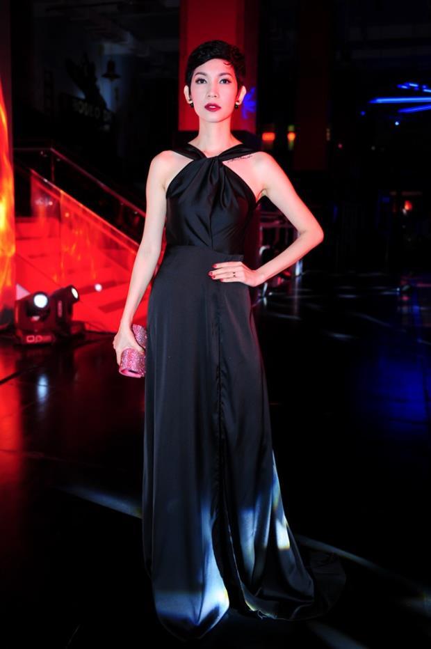 "vietnam's next top model: 3 nguoi dep ""thet ra lua"", giau, gioi va nong bong - 17"
