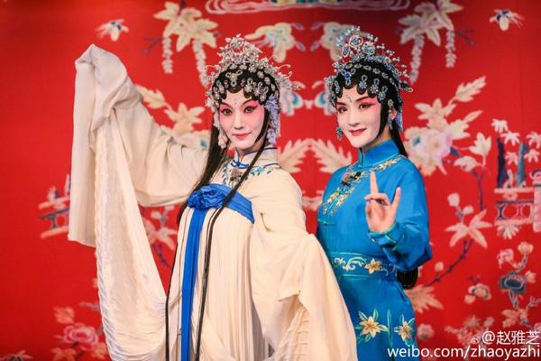 """61 tuoi, """"bieu tuong sac dep tvb"""" trieu nha chi van """"tre mai khong gia"""" - 4"""