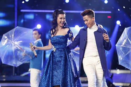 "vietnam idol: dong nhi dep ""hop hon"", janice phuong khien thu minh kham phuc - 4"