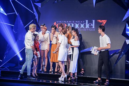 vietnam's next top model 2016: thanh hang ran de thi sinh thieu nghiem tuc - 13