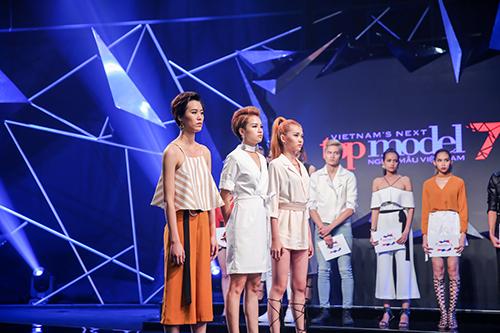 vietnam's next top model 2016: thanh hang ran de thi sinh thieu nghiem tuc - 10