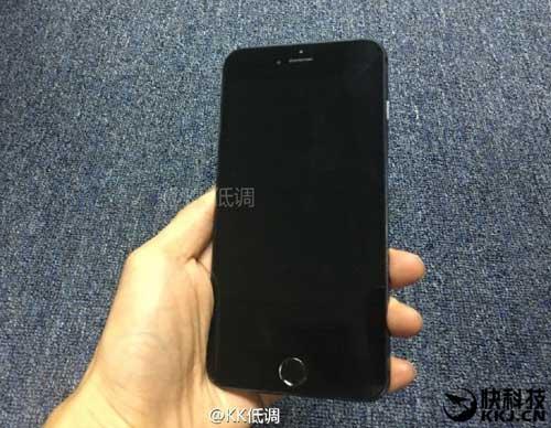 iphone 7 plus mau den cuc dep va nam tinh - 1