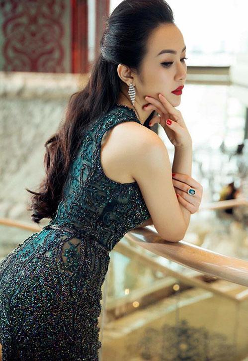 vo hot girl cua tuan hung mang bau lan 2 - 1